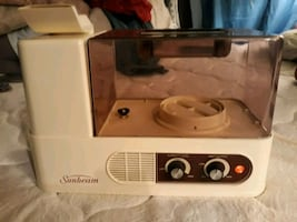 Excellent condition Sunbeam Ultrasonic Cool Spray Humidifier