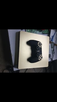 1TB gold ps4 and 8 games Germantown, 20876