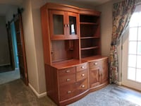 Two Display Cases / Credenzas Omaha, 68135