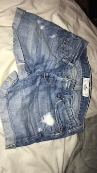 Hollister light denim shorts Broadway, 27505