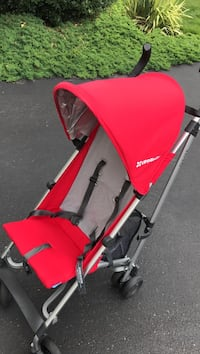 Uppababy G-lite stroller.  Excellent condition. Super light and easy to manage. Monroe Township, 08831