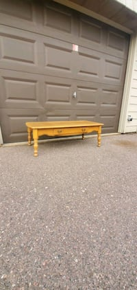 SOLID COFFEE TABLE  Sioux Falls, 57104