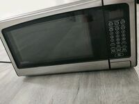 Microwave Oven over the counter Brampton, L6T 1H1