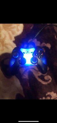 Xbox one multi colored wired controller  Darby, 19023
