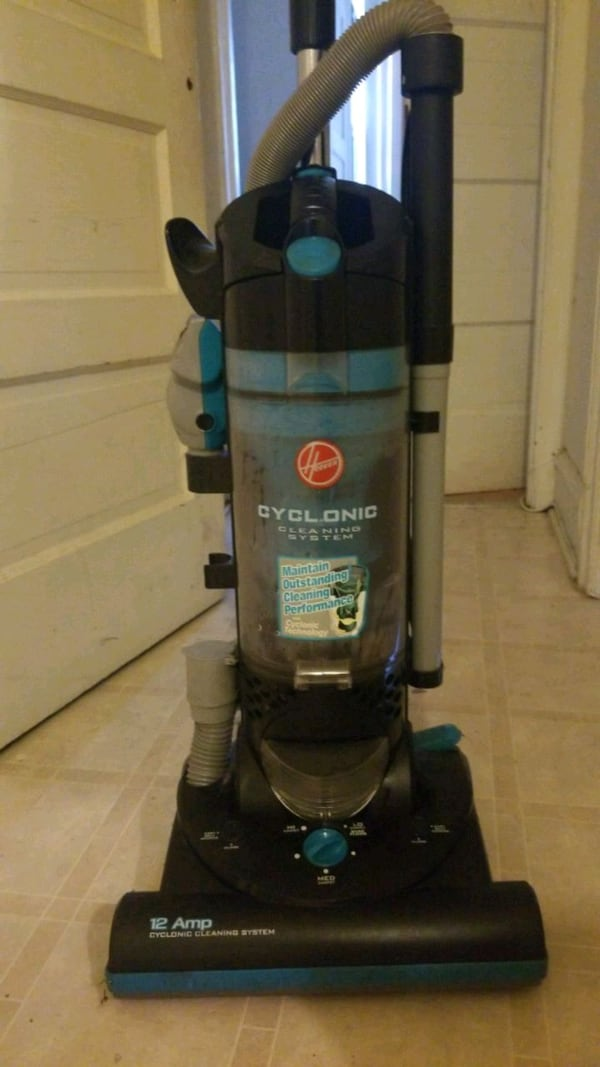 Hoover 12 amp Cyclonic Cleaning System 53e066a0-f826-4b86-aff5-3696cac32e0e