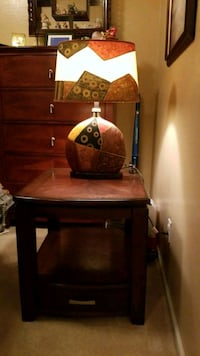 Living room end table and lamp Maricopa, 85138