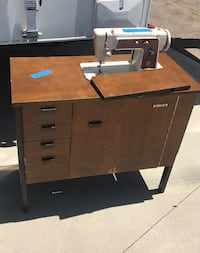 1960s Singer Sewing Table Vista, 92083