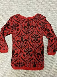 Ladies 3/4 sleeve Sweater Small