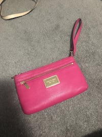 pink Michael Kors leather wristlet Kitchener, N2E 3W6