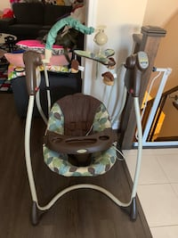 electric Graco baby swing with music