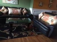Black leather sofa. Table and pillows are not included  Manassas, 20109