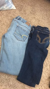 skinny jeans size 00-0. american eagle and hollister, good condition worn a couple times. $15 each 1397 mi