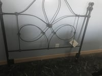 Black metal headboard ashley brand Trowbridge, 49010