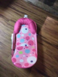 baby's pink, blue, and green bather Caseyville, 62232