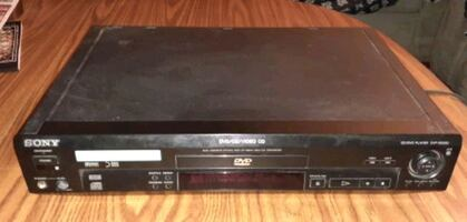 Sony DVD/CD Player with remote