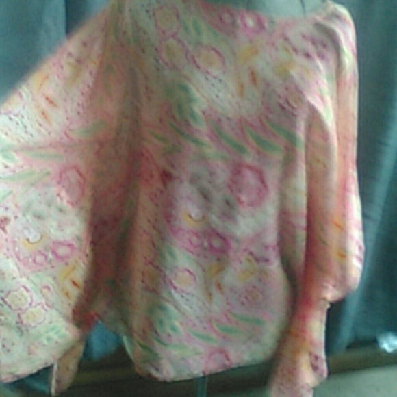CHIFFON ONE SIZE TOP WITH WIDE SLEEVES