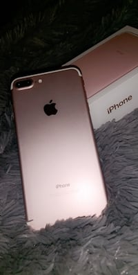 iPhone 7 Plus rose gold mint condition 32 GB Mississauga, L5M 0E1