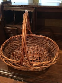brown wicker basket Toms River, 08755
