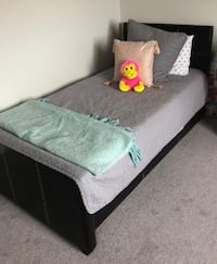 Twin Trundle Beds $200 obo LONDON