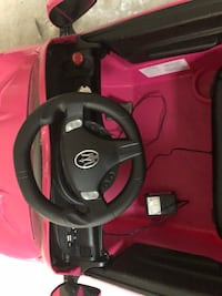 black and red car seat Fayetteville, 30214