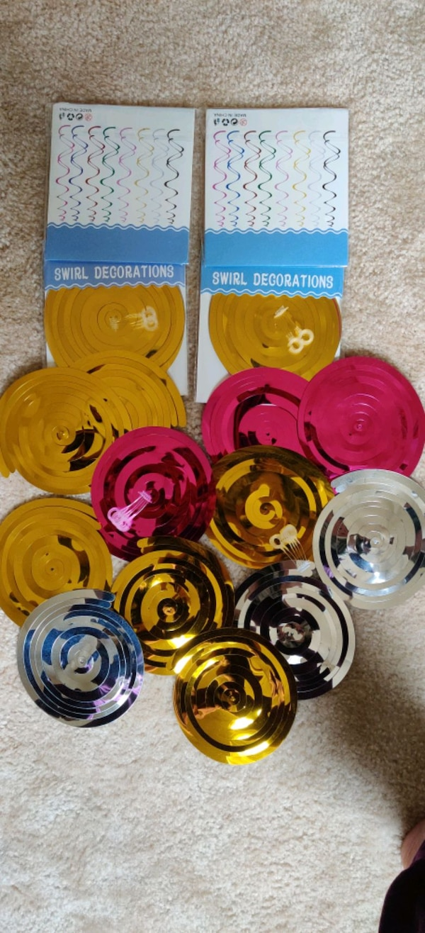 20 PC's swirl decorations.... 2