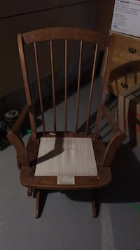 brown wooden windsor rocking chair 725 km