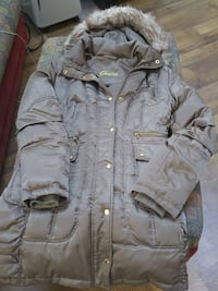 Manteau Guess small  Laval, H7W 2R8
