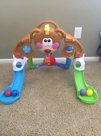 Fisher Price Baby toy - entertainer, music, balls