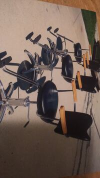 Black hair chairs .. want 500$ for all 3 or $200 for a single one  null
