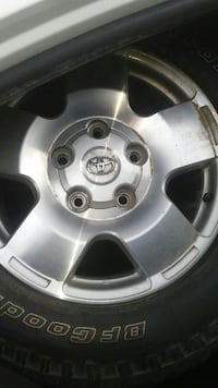 Toyota factory rims for newer 4runner and Tundra