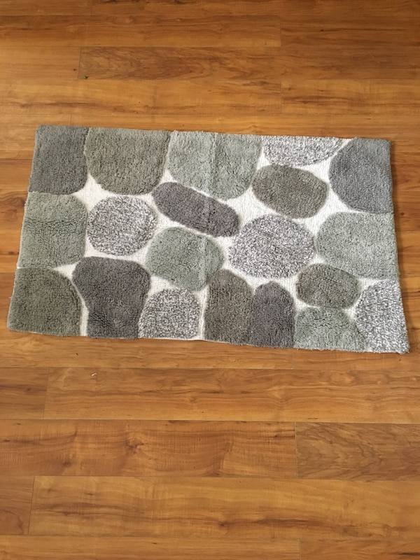Pebbles Bath Rug for sale in Charlotte