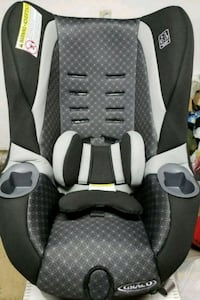 baby's gray and white car seat carrier Tabernacle, 08088