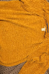 Yellowish gold Sweater Anchorage, 99502