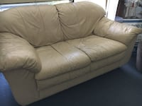 Cream Leather Love Seat/Couch Tustin, 92780