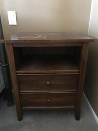 2- wooden night stands with drawers Agoura Hills, 91301