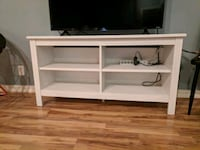 TV stand - Excellent Condition Livermore, 94550
