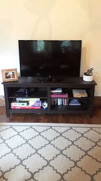 TV Stand, Perfect Condition Chicago, 60657
