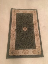 2 Area rugs, runner and mat