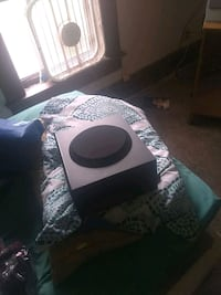 I have a small 5 speakers with one big speaker Canton, 44704