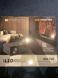 BRAND NEW MURANO PROJECTOR AND SCREEN Mississauga, L5N 7G7