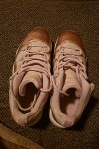 Shoes retros size 7.5 womens Norfolk, 23551