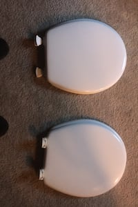 Toilet seat and lid GB  Only 2 left West Orange, 07052
