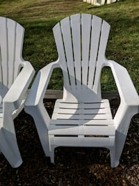 white wooden adirondack chair lot Clinton, 20735
