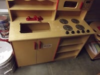 Children play kitchen, $175 Or Best Offer Frederick
