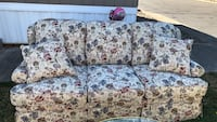 White and green floral fabric 3-seat sofa Johnson City, 97267
