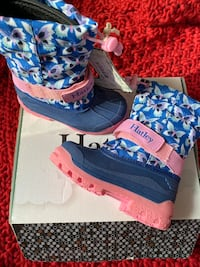 Hatley girl's winter boots , shoes size 8