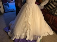 women's white floral wedding gown Los Angeles, 91352