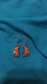 sparkling reindeer children's earrings from justice  Arlington, 38002