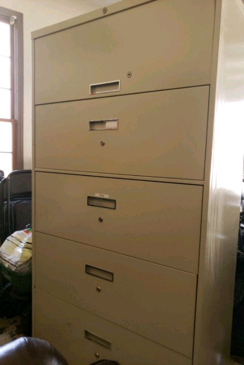 used white metal 4 drawer filing cabinet for sale in conyers letgo rh gb letgo com