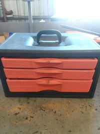 red and black plastic tool chest Gretna, 70053